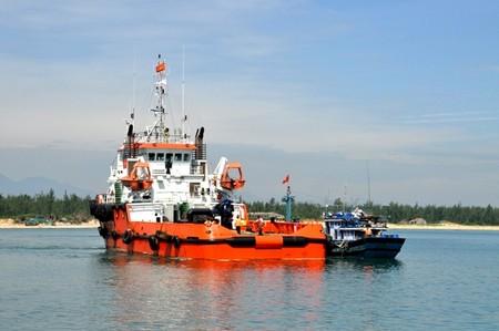 13 ngư dân Quảng Ngãi trôi dạt ở Trường Sa