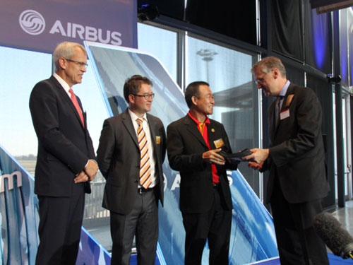 VietJet Air nhận bàn giao kỹ thuật máy bay Sharklet
